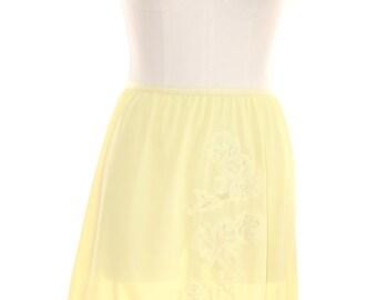 Vanity Fair - Vintage Skirt Slip Half -  Lace Nylon Size Small - Yellow