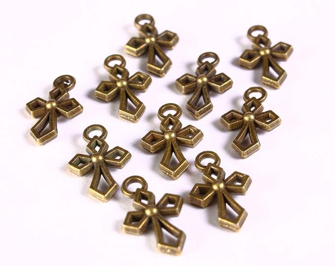 Petite cross charm pendant antique brass antique bronze - 17mm x 10mm (1296) - Flat rate shipping