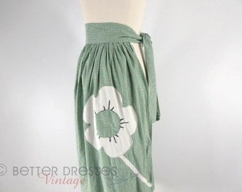 Vtg Long Half Apron in Green Gingham With Flower Applique