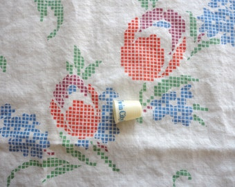 faux cross stitch floral print vintage full feedsack fabric