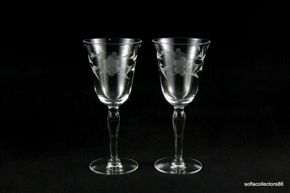 Port Wine Glasses / Sherry Glasses Gray Cut Flowers and