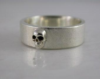 Single Skull Band