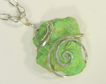 Hammered Sterling Silver Wire Wrapped Arizona Turquoise Pendant necklace 1878E