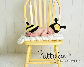 Bumble bee hat and tushy diaper cover set, newborn photo prop, newborn girl, newborn boy, bumble bee hat, crochet animal hat, infant hat