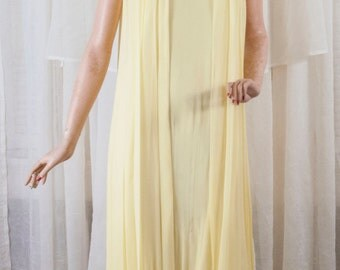 1969 Yellow flower child, flowing, full length, prom dress. This is there real thing!