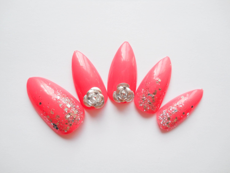 Rose Almond Nails Press