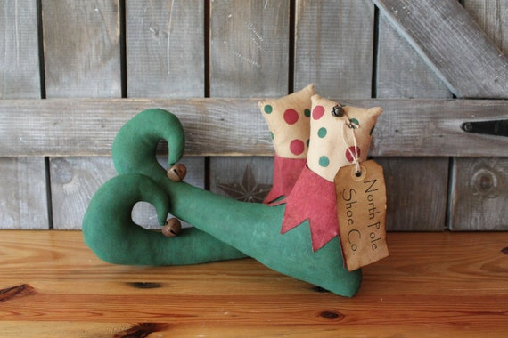Primitive Christmas Elf Shoes - Christmas Decor - Polka Dots