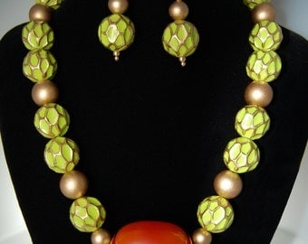 Beautiful Green and Gold Wood Necklace Set, Orange Resin