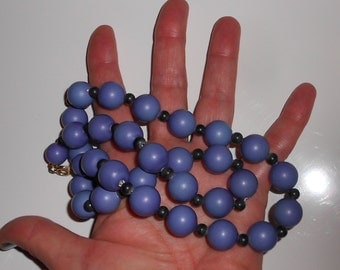 1950s Chunky necklace in cornflower blue and cobalt blue beads Free USA Shipping
