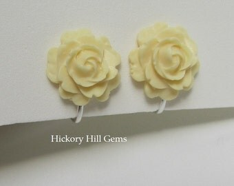 Clip On Earrings rose clip on earrings Large cream flower clip-on earrings, cream rose clip earrings, ivory rose clip ons, 15mm rose SILVER