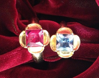 "Replica Tudor Style Gold-Plated ""Ruby"" Ring for Renaissance/Elizabethan Reenactment - Small Size"