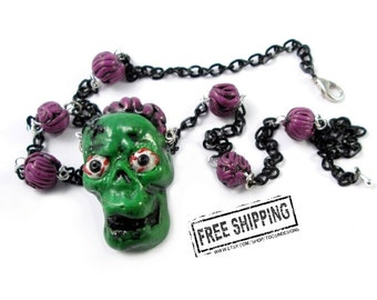 Psychobilly jewelry Zombie Necklace -  horror jewelry - zombie apocalypse - zombie jewelry - walking dead jewelry - green skull necklace