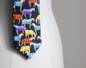 Vintage mens equestrian necktie, funny colorful tie with horses, Robin Ruth