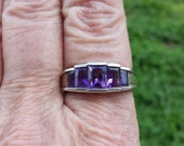 vintage 2.5ct genuine amethyst emerald cut bezel set designer signed sterling ring a8375601