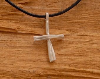 Rustic Cross Pendant Necklace for Men in Sterling Silver ST676mat.