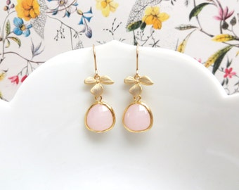 Blush Bridesmaid Earrings Blush Pink Bridesmaid Jewelry Gold Earrings Gold Flower Crystal Drop Earring Bridal Jewelry Gift Baby Pink Wedding