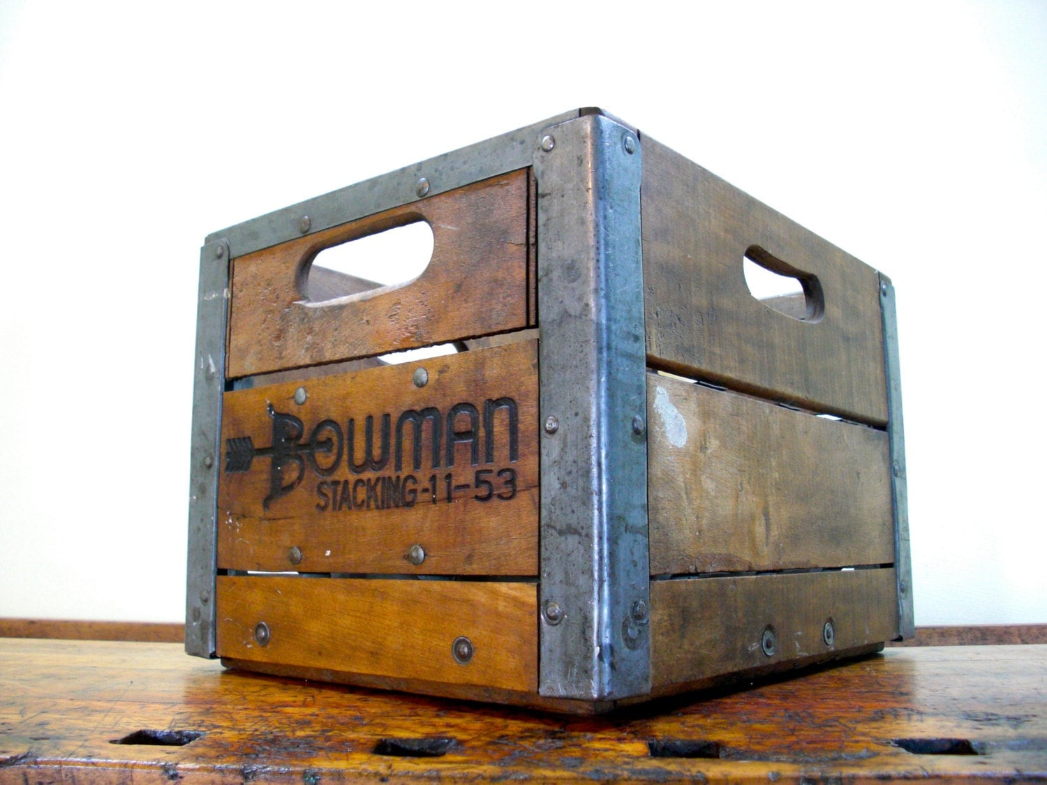 vintage wood crate bowman crate antique milk crate 1950s. Black Bedroom Furniture Sets. Home Design Ideas