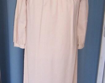 SALE 1960 Cream Lace Shift Dress Medium