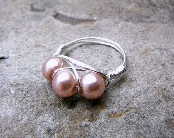 Blush Pink Pearl Ring, Wire Wrapped Ring, Cluster Ring, Pink Ring, Wire Wrapped Jewelry Handmade, Pink Glass Pearl Ring