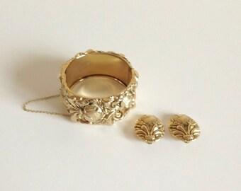 Mid Century WHITING AND DAVIS Bracelet & Earring Set Chunky Gold