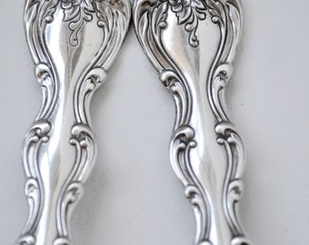 Serving Spoon and Serving Fork Interlude Pattern