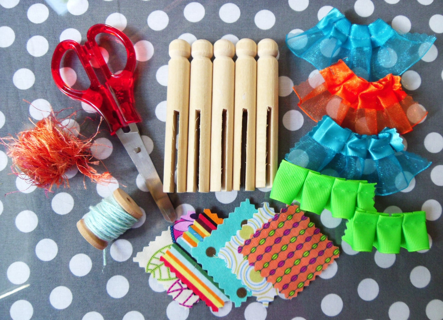 Mini craft kit wooden clothespin doll kit one for one for Mini clothespin craft ideas