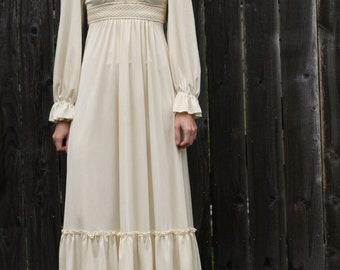 Crochet Tie Back Dress { XS } Vintage 1970s Dress >> 70s Maxi