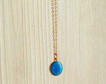 Royal Blue Necklace, Blue Resin Round Necklace, Blue Resin Disc Necklace, Gold Chain Blue Round Necklace, Resin Jewelry For Her