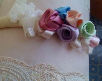 HAIRCLIPS with rainbow of satin roses