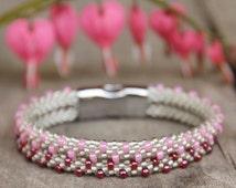 Crocheted seed bead bracelet, summer bracelet, gray pink jewelry, flexible bracelet
