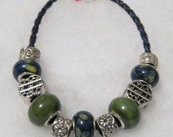 207 - CLEARANCE - Navy & Olive Bracelet