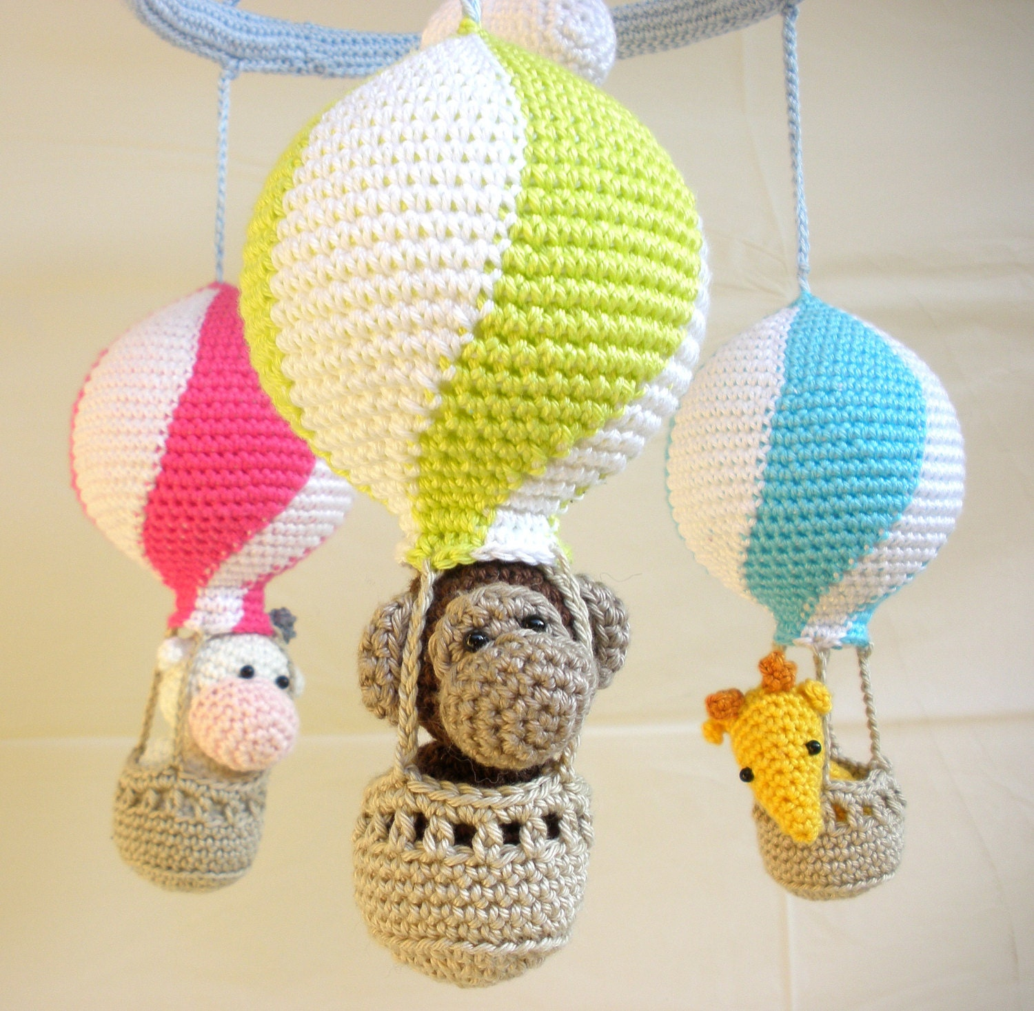 Crochet Patterns For Baby Mittens : Baby Gear Galore: Hot air balloon mobile - Crochet mobile ...