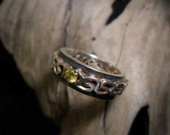 Sterling silver set with a Canary diamond ring