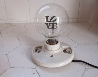 LOVE globe light bulb 4W NOS
