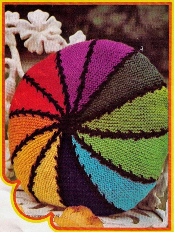 Rainbow Cushion Knitting Pattern : VINTaGE 1960s RAINBoW STRIPED CIRcLe CUSHIoN RetrO StYle FoR