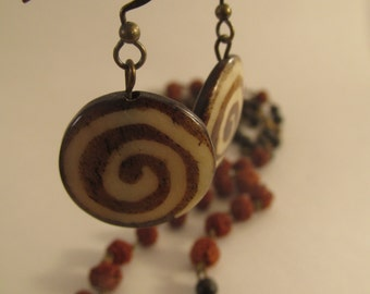 2031- Earrings Wood