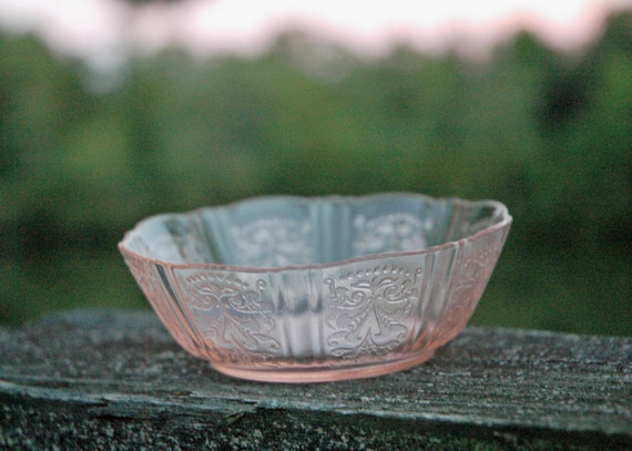 Sale Rare Pink American Sweetheart Flat Berry Bowl