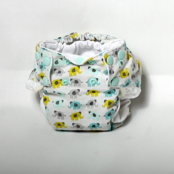 newborn cloth diaper with umbilical cord snap. Black Bedroom Furniture Sets. Home Design Ideas