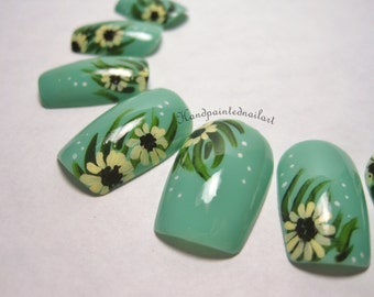 Sunflower Hand-painted Fake Nails