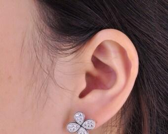 "Precious~~~ 14k white gold diamond earrings "" Clover "" /40 Round diamonds weight 0.4carat  /Anniversary jewelry/Birthday/Wedding jewelry"