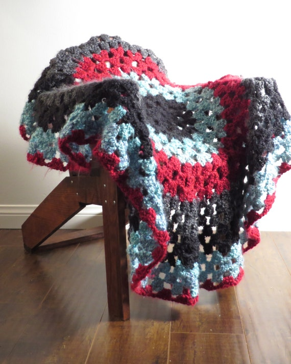 Crochet Afghan, Large, Round Pattern, Single Color or Multicolor, Made to Order
