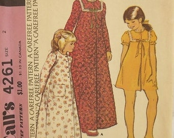 Vintage 70's Sewing Pattern, Little Girls' Robe, Size 2