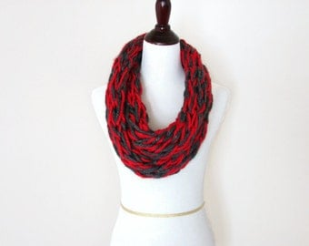 Infinity Scarf, Chunky Cowl, Circle Scarf, Knit Cowl, Red and Gray, Ohio Sports Fan Scarf - READY TO SHIP