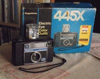 Vintage Keystone Electric Eye 445X Instamatic Camera Outfit with Box of UNUSED 126 Film