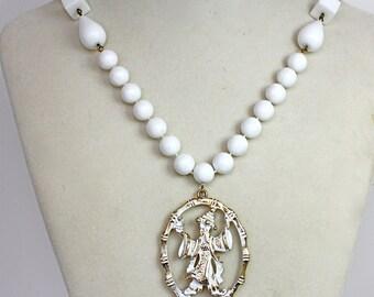 Vintage 60s Necklace White Bead Necklace w Lg Gold & White Tassel Pendant