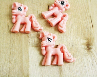 2 Little Pony Cabochons Peach Pink Pastel 35mm [CAB7172]