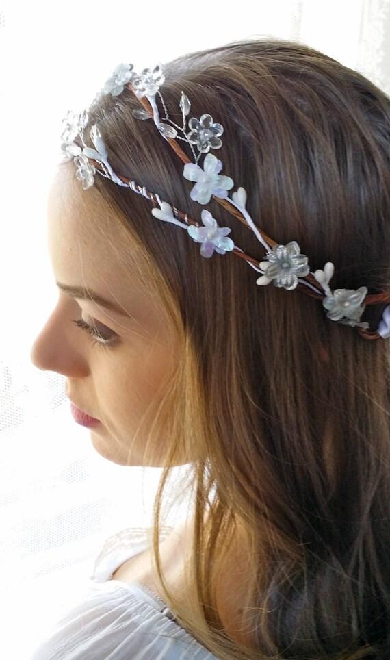 Boho Flower Hair wreath Bridal Halo White Gray floral crown Woodland Rustic Wedding Headpiece Bridesmaids hair Accessory Flower Girl circlet
