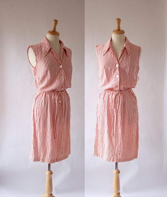 60's Dress / 60s Shirt Style Dress  / 60s Day Dress / 60s Sheath Dress / Sleeveles Dress / Candy Canes