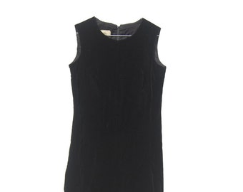 Vintage Black Velvet Shift Dress