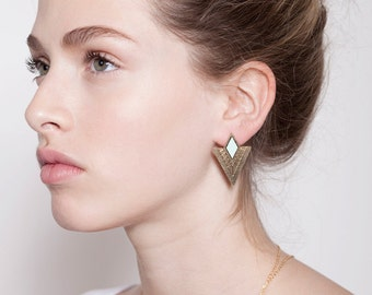stud earrings, gold earrings, geometric earrings.